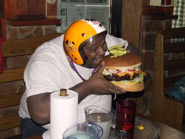 cheeseburgerhelmet7eu.jpg