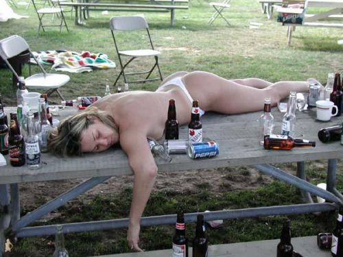 Tuesdays funny pics! Drunk_chick